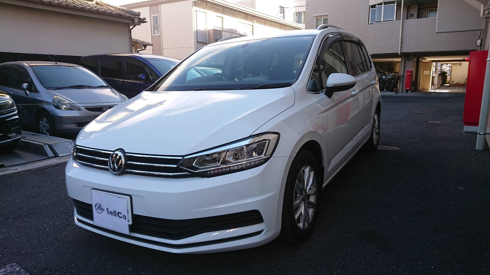 car_main_img